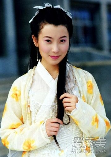 ...的女儿朱七七为观众所熟知和喜爱.《武林外史》是由黄海冰...