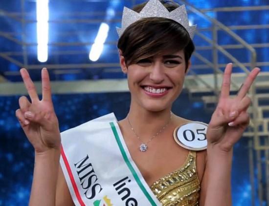 尴尬!意大利选美小姐夺冠前被曝接连失言