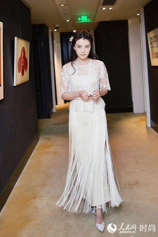 范冰冰高圆圆女星婚纱造型大PK 谁是最美新娘?【2】