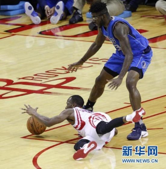 NBA季前赛:火箭主场胜小牛--山东频道--人民网