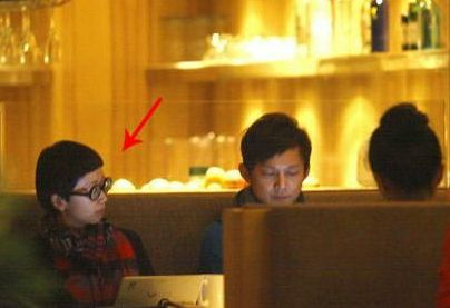何炅老婆是王菁两人7年前领证 目前还没有孩子