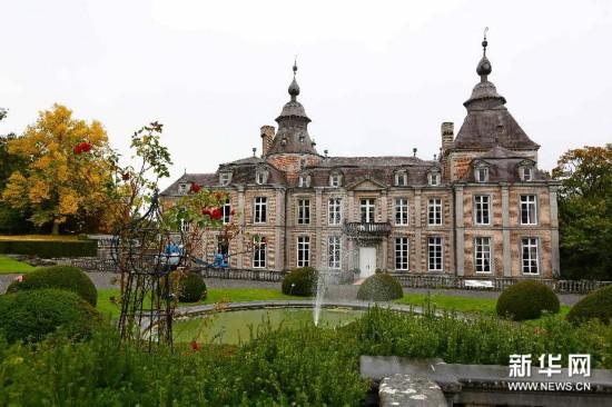 体验王宫式家具 精美的莫达沃城堡