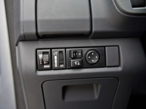 江西五十铃 五十铃mu-X 2015款 3.0T 四驱自动尊享型 7座