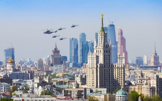 俄罗斯小伙156米高楼边缘惊险拍美景【26】