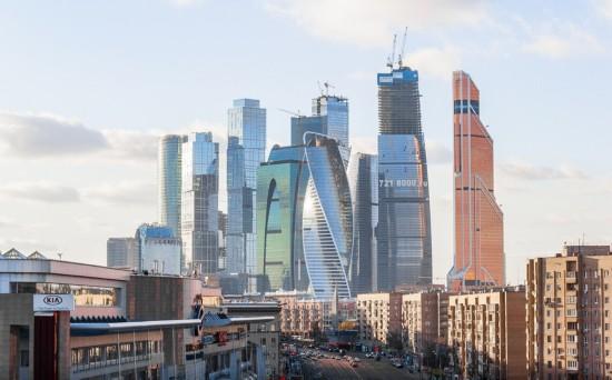 俄罗斯小伙156米高楼边缘惊险拍美景【20】