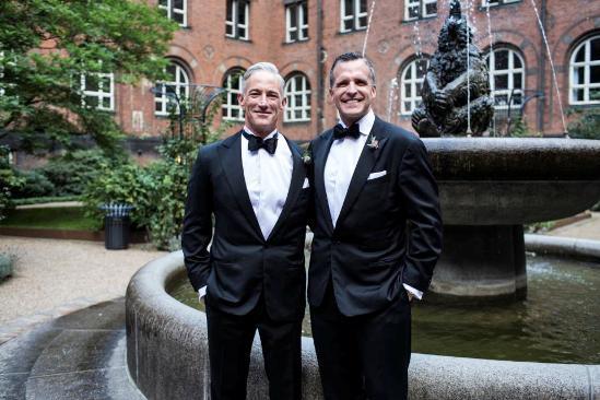 美驻丹麦大使与同性伴侣结婚称场面感人(组图)