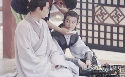 琅琊榜电视剧:梅长苏助靖王誉王身份揭开 胡歌吴磊曝幕后照