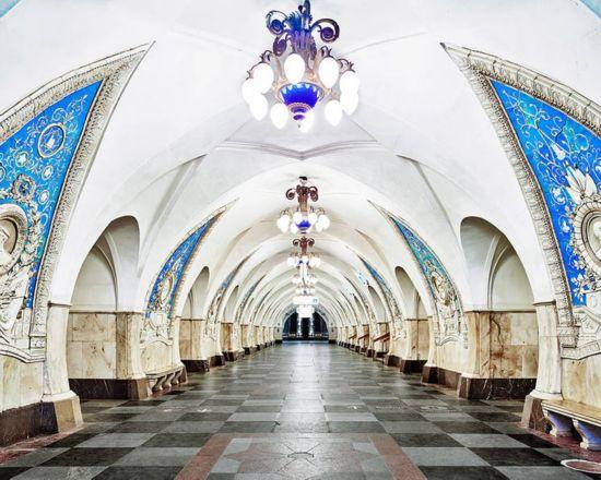 世界上最漂亮的地铁 似富丽堂皇的宫殿