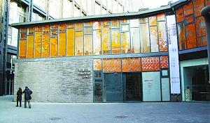 画廊缘何难成艺术品交易一级市场