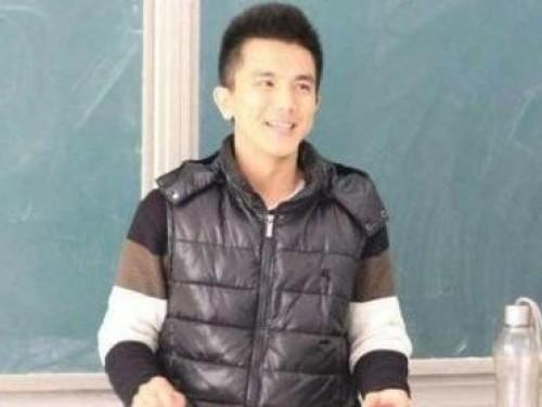 最帅高数老师走红网络 盘点意外走红的草根帅哥【2】