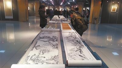 宁夏首届名家书画提高班师生作品展举行
