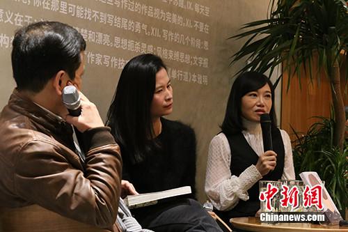 """李敬泽:把""""文艺青年""""作为耻笑的对象是文化的退化"""