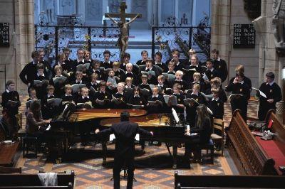 德国托儿策童声合唱团 演绎中文名曲 送别