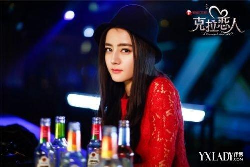 丽颖刘涛霍建华胡歌 2015年大热剧的帅哥美女 5.迪丽热巴 维族姑娘