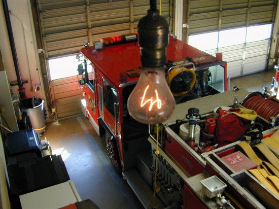 美消防站一灯泡已不间断工作113年