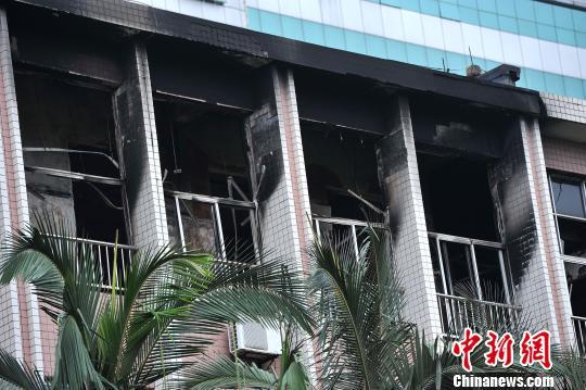 广西医科大学教学楼突发大火事发时学生正在上课