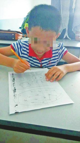 因发育迟缓遭联名施压 濮阳8岁男孩被迫离校