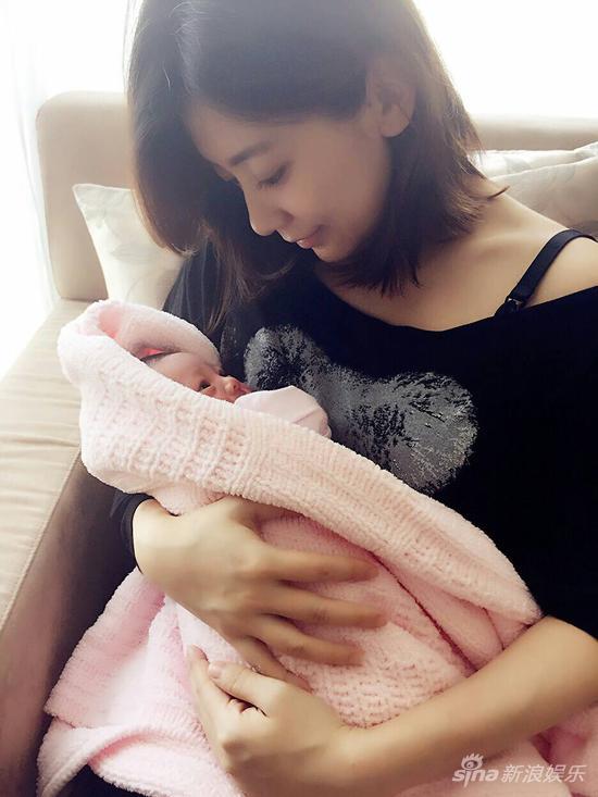 霍思燕透露备孕二胎 盘点明星二胎儿女照片