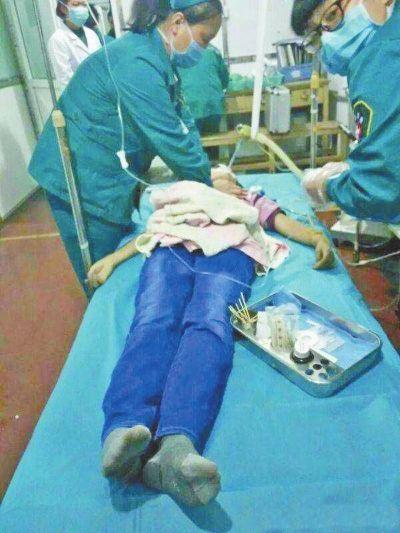 鹤壁13岁女孩疑因学习差被亲妈打死 妈妈已被刑拘