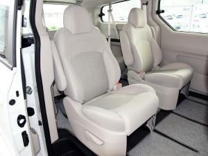 上汽商用车 上汽大通G10 2015款 2.0T 自动纪念版