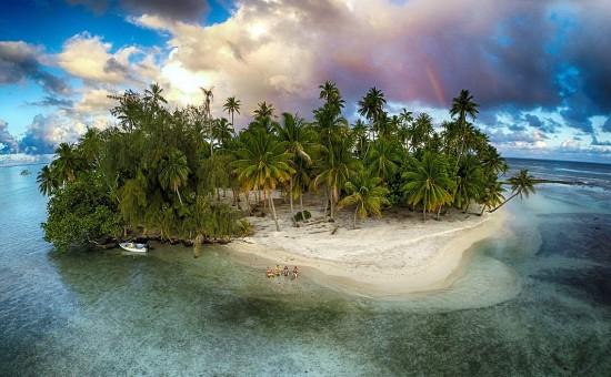 无人机航拍作品大赏:震撼视角记录绝美风景