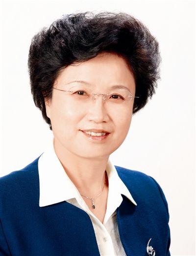 全国妇联党组书记宋秀岩:执行党...