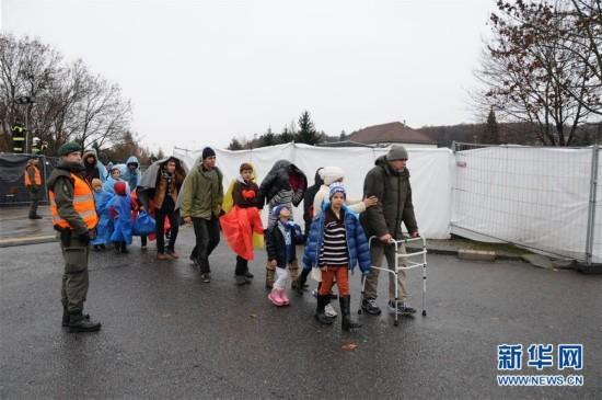 (XHDW)(1)难民持续涌入奥地利