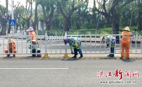 美化护栏迎接中国海博会宾客