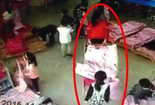 5岁娃不肯著哭闹上幼儿园她说老师让她睡厕所吗好看腰长女生图片