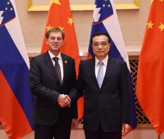 中东欧国家领导人会晤的斯洛文尼亚总理采拉尔.新华社记者 饶爱民 图片