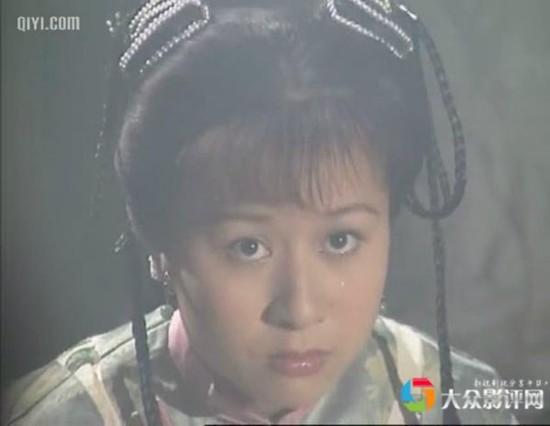 她是《鹿鼎記》裡最可愛的小郡主,也是楊冪老公劉愷威的前女友