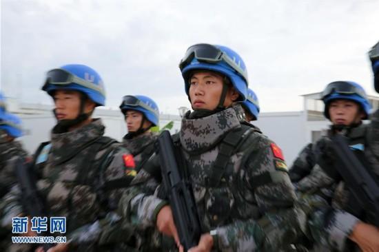 (国际)(1)为了非洲红土地的和平――记中国首支维和步兵营