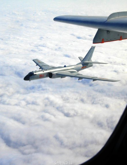 我多型軍機赴遠海訓練 飛出第一島鏈千余公裡(圖)【8】