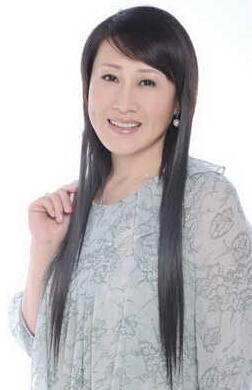 张凯丽女儿近照:18岁姑娘长相甜美可人_武进新闻网图片