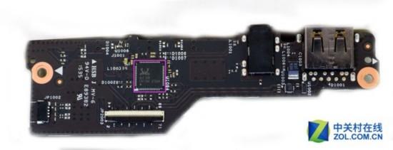 在主板的背面,我们看到了一颗 realtek alc3268瑞昱声卡芯片,这也是