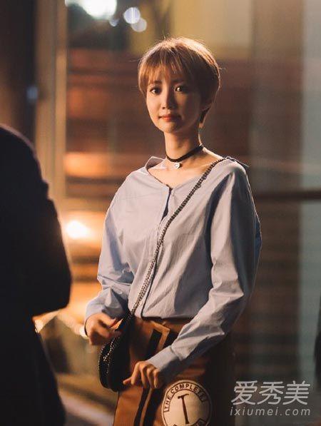 她很漂亮高俊熙 私服街拍超有品 韩国明星街拍