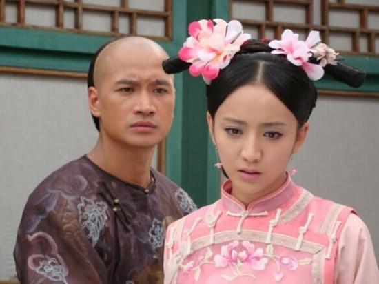 张檬《山河恋美人无泪》扮演海兰珠同大玉儿姐妹情深,并深爱未婚夫