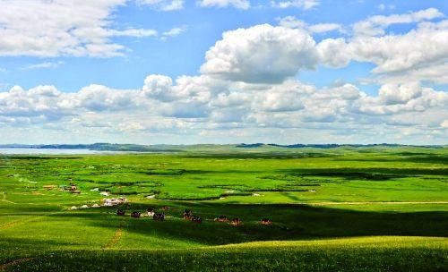 乌拉盖九曲湾草原风光 来源:内蒙古日报资料图