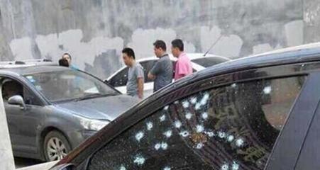 街头枪战37人获刑 20名男子街头互射场面火爆(图)