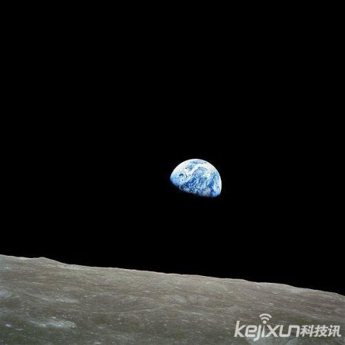 """月球飞船拍摄到地球""""升起""""靓照"""