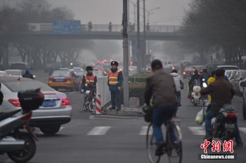 京今12時解除重污染紅色預警 13日或再迎霾