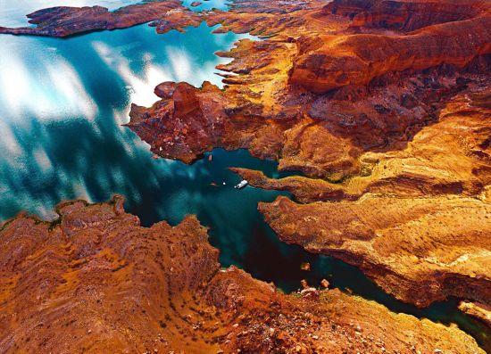网友航拍摄影作品展现全球壮观美景