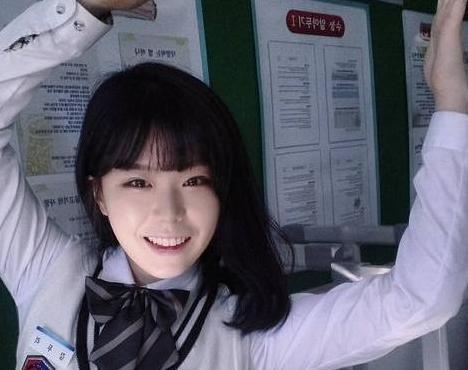 韩女星烧炭自杀 盘点这些年自杀的韩国女星(组图)