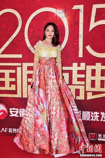 演员樊蕊现身《国剧盛典》与张晓龙见面热聊(图)