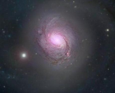 NASA拍螺旋星系