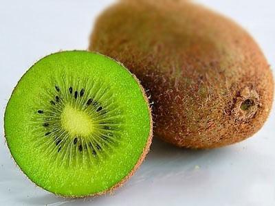 """飲食保健:3種水果竟是胃病癌變的""""催化劑"""""""