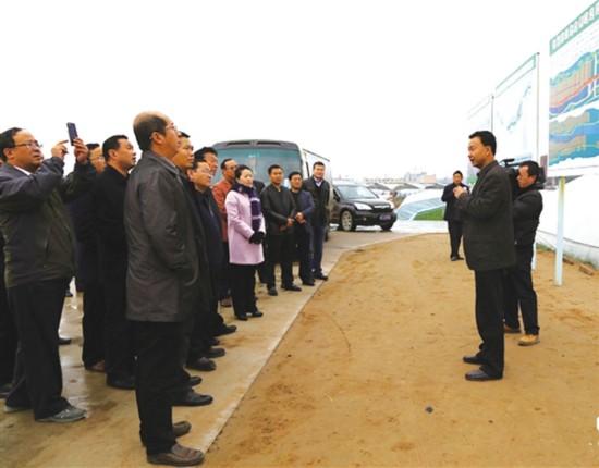 青海民和人口_青海民和煤车失控致30余人死伤