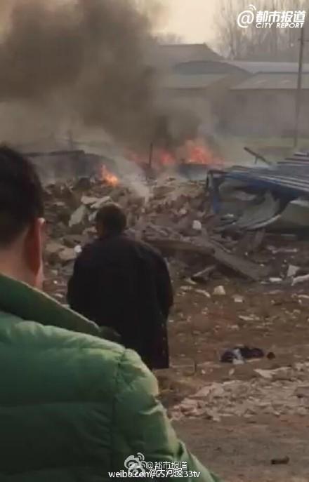 河南焦作武陟一鞭炮厂爆炸 致5人死亡
