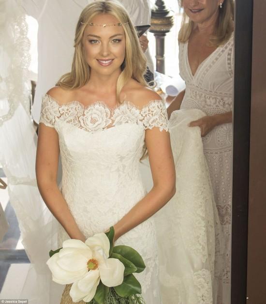 澳大利亚情侣泰国成婚 打造史上最健康婚礼
