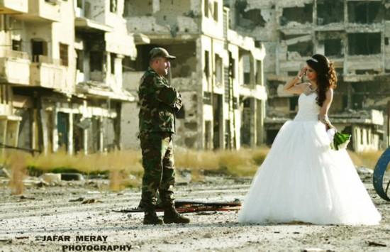 叙利亚新人废墟中拍婚礼照鼓舞人心【7】